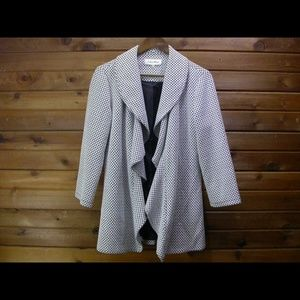 Calvin Klein Black & White Soft Jacket - Size 6
